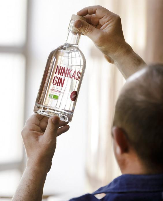 Spiritueux Ninkasi Gin Houblon Saaz bio
